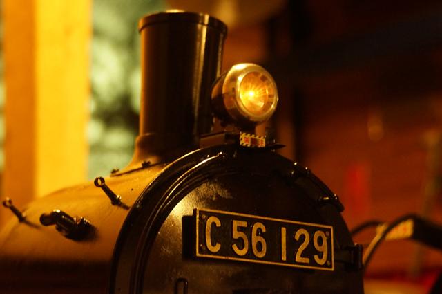 LP405 前照灯 シールドビーム 「架線注意」銘板と油灯前掛