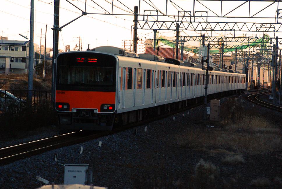 DSC01270 20151229 tobu51001