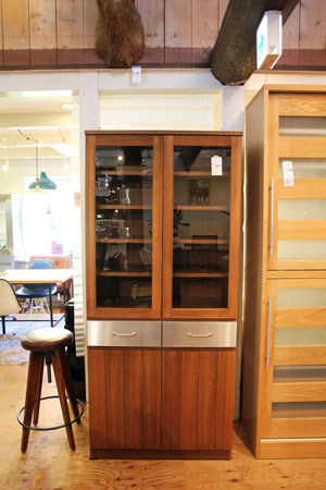 ウニコ ストラーダ 食器棚 カップボード