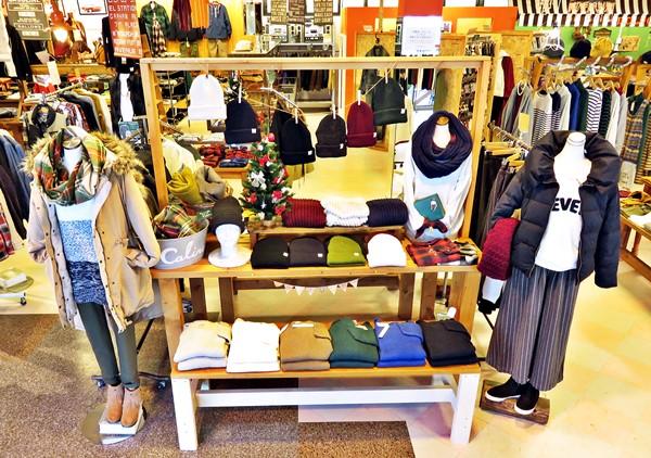 2015-12-04 店内 レディース・服飾雑貨 006 ブログ用