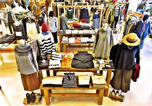 2015-12-04 店内 レディース・服飾雑貨 013 ブログ用