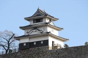 16丸亀城1