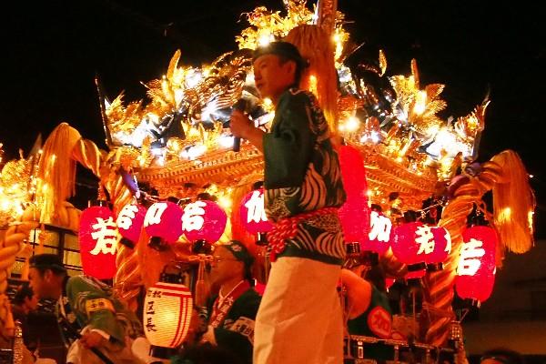 竹田秋祭り 豪快に引き回したりする「練り合わせ」が見どころ