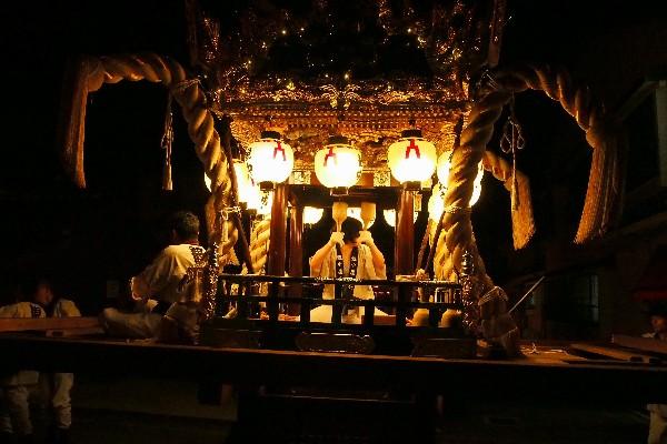 竹田秋祭り 豪快に引き回したりする「練り合わせ」が見物