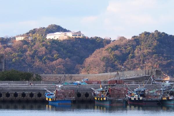 漁港と瀬戸内東予休暇村宿舎