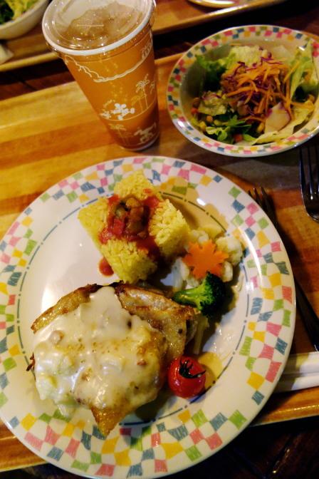 「グランマ・サラのキッチン」で夕食。スペシャルセット1,580円