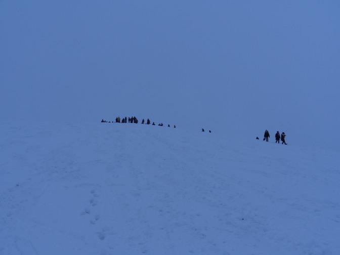 モエレ山山頂付近。今年は人も少なめ