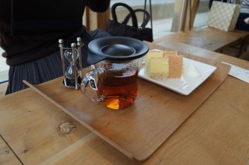 紅茶と焼き立てバームクーヘン