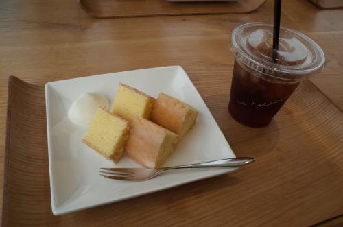 アイスコーヒーと焼き立てバームクーヘン