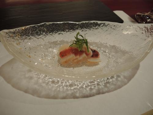 タイラギ貝とうどの梅肉和え