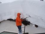 12年 屋根雪掘り