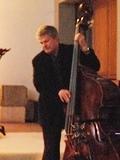 チャーリー・ヘイデン bass