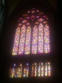 ケルン大聖堂のステンドグラス。