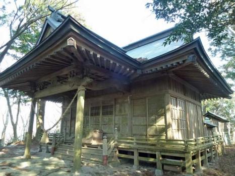 黒前神社の本殿
