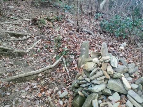 9合目の石塚