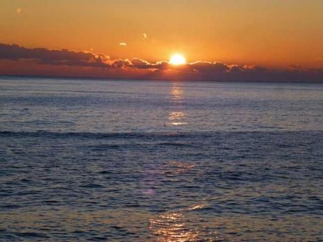 北茨城市海岸の日の出