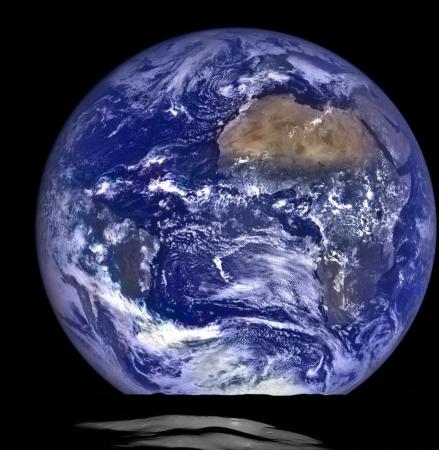 Earthrise_LRO_5634 (1) (999x1024)