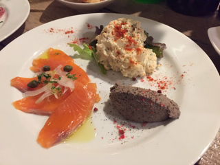 前菜② ポテトサラダ・レバーペースト・スモークサーモン