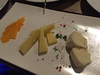 前菜④ 3種のチーズ盛り合わせ