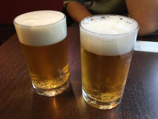 セットのグラスビール