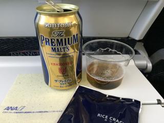機内サービスのビール