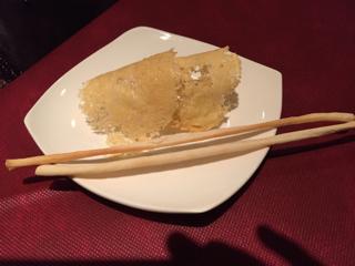 パルジャミーノのパリパリ煎餅とグリッシーニ