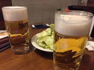 乾杯ビールとお通しのキャベツ(食べ放題)