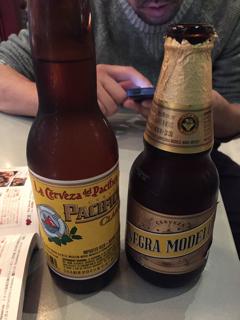 瓶ビール (Pacifico・Negra Modelo)