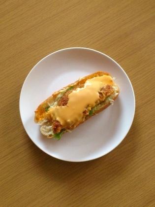ジャンボメンチカツドッグ&チーズ1