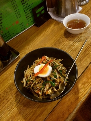 中華龍王、辛もやしの炒飯丼2