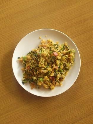 からし菜と玉子とベーコンと明太子ソースの炒飯1