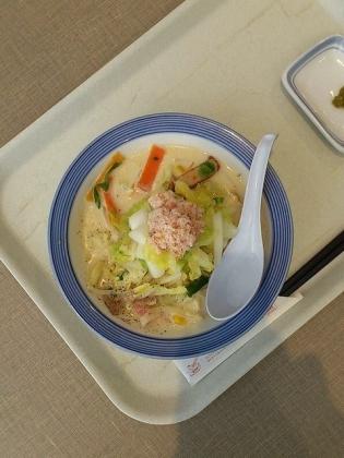 リンガーハット霜降り白菜とかにの豆乳クリームちゃんぽんスモール2