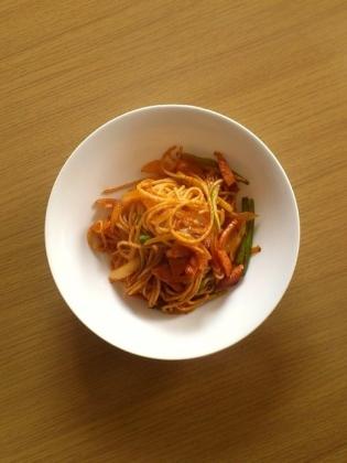 ナポリタン(ベーコン、にんにく、玉葱、アスパラ)1