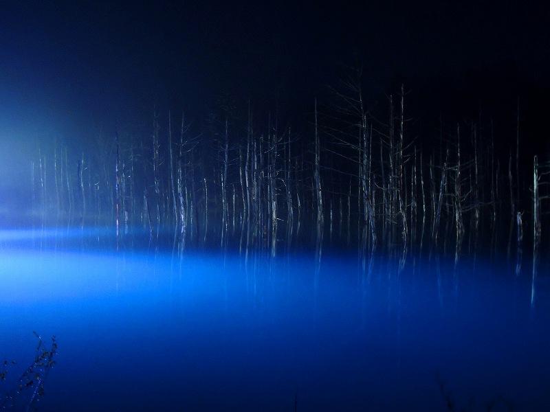 s-2015 ライトアップ青い池