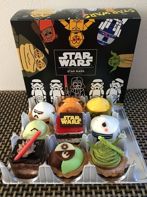 starwars_cakes.jpg