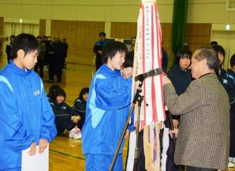 160209中学バスケ01_035