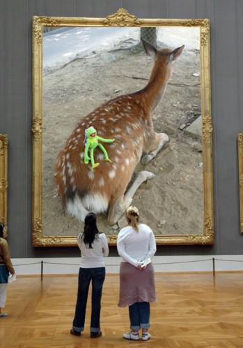 鹿と一緒に博物館