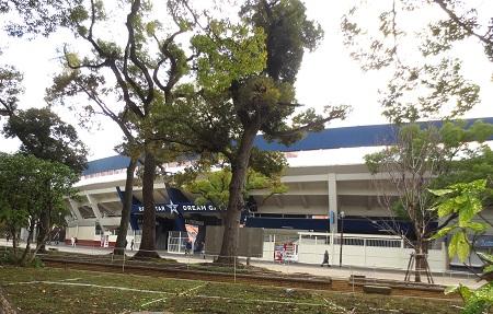 135横浜スタジアム