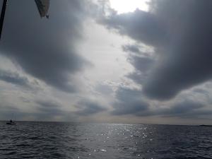 DSCN1650 12時50分いい凪です
