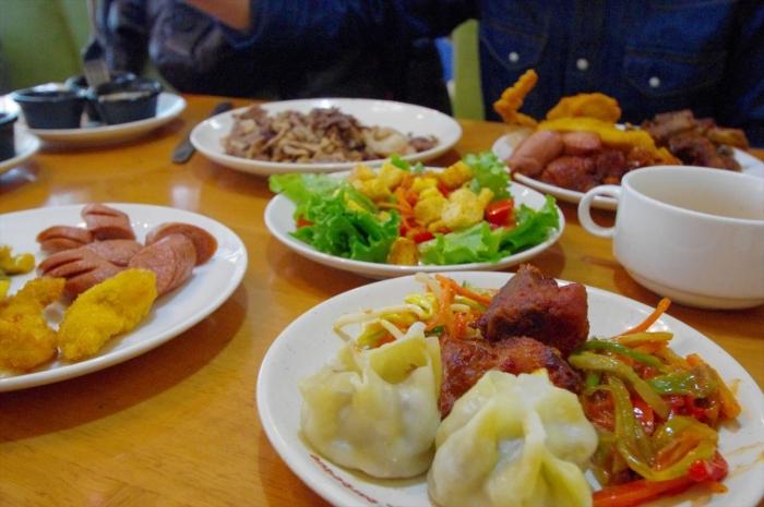 モンゴル料理ビュッフェ (19)