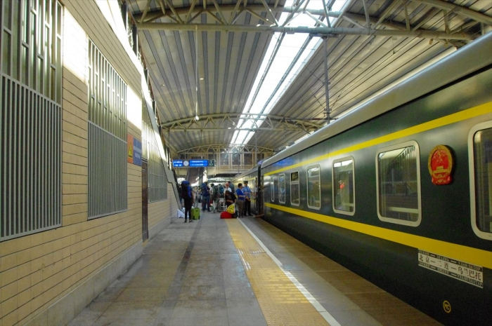 北京駅到着 (2)