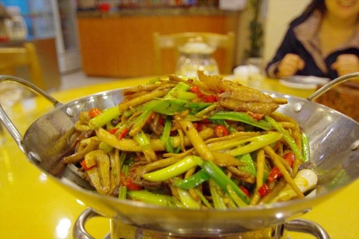 北京空港のホテルでディナー (4)
