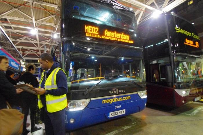 夜行バスでアムステルダムへ (11)_R