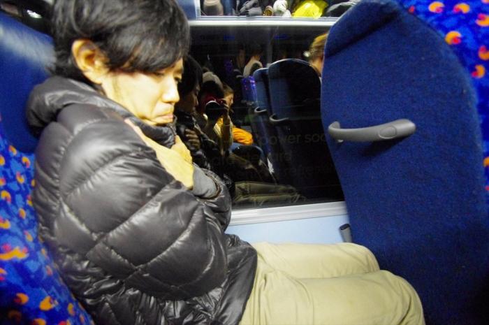 夜行バスでアムステルダムへ (14)_R