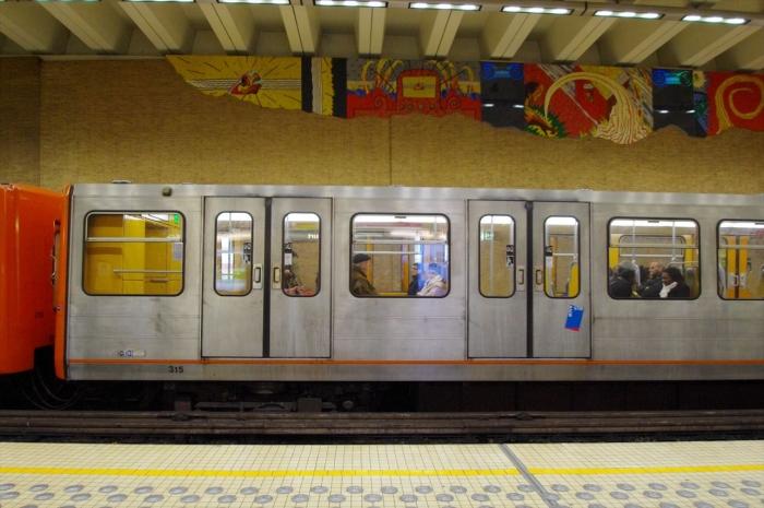 電車でグランパレスへ (3)