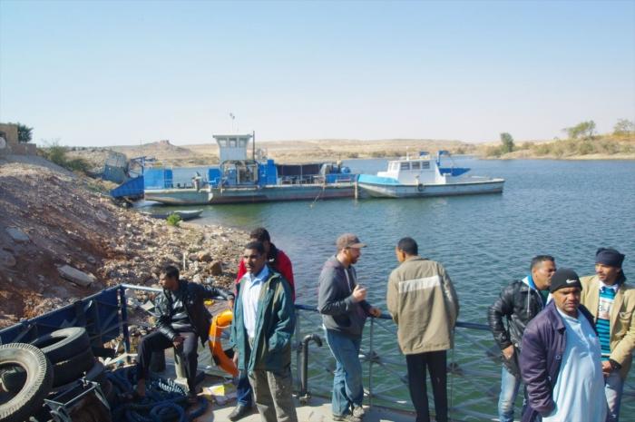 フェリーでスーダン国境越え (4)