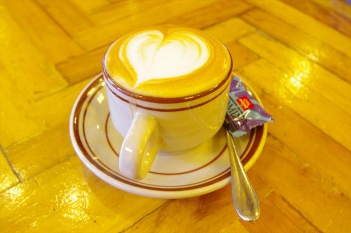 アルバミンチのカフェ (1)