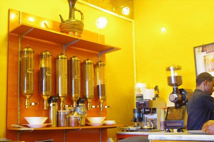 アルバミンチのカフェ (5)