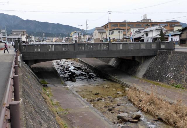 四ツ目川橋1