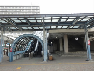 JR琵琶湖線守山駅